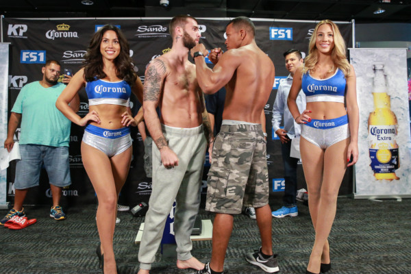 Weigh-Ins_08_23_2016_Weigh-in_Ryan Greene _ Premier Boxing Champions3