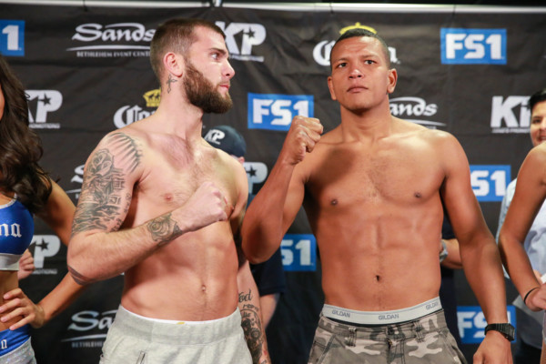 Weigh-Ins_08_23_2016_Weigh-in_Ryan Greene _ Premier Boxing Champions5