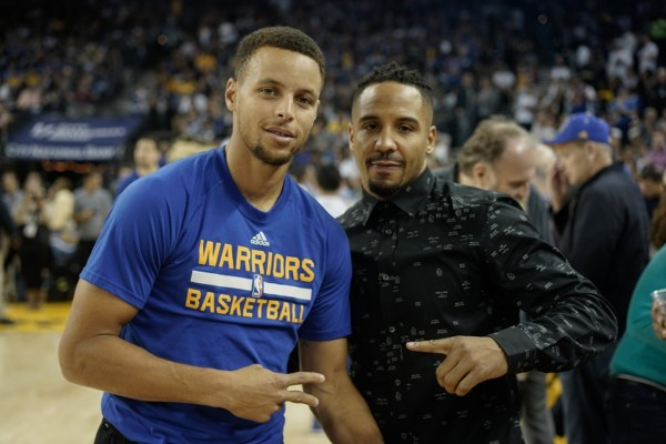 aw-curry-warriors-vs-okc-by-squint