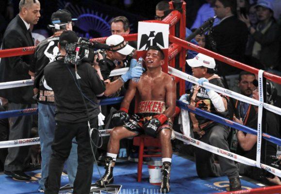 Roman Gonzalez vs. Srisaket Sor Rungvisai (5)