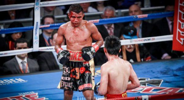 Roman Gonzalez vs. Srisaket Sor Rungvisai (9)