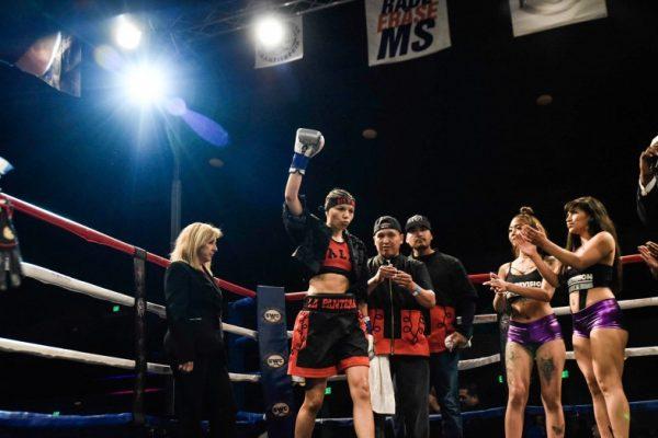 Dalia Gomez vs Leesa Daniel - Julio Sanchez RBRBoxing (3)