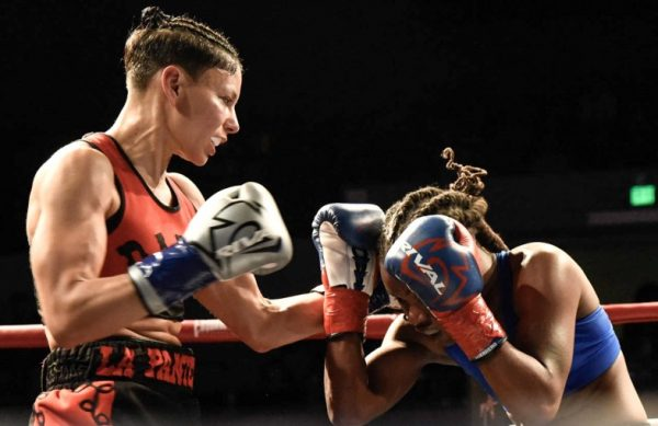 Dalia Gomez vs Leesa Daniel - Julio Sanchez RBRBoxing (4)