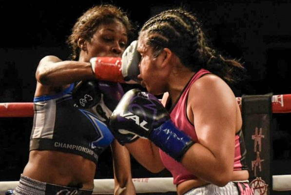 Iris Contreras vs. Shurretta Metcalf - Julio Sanchez RBRBoxing (3)