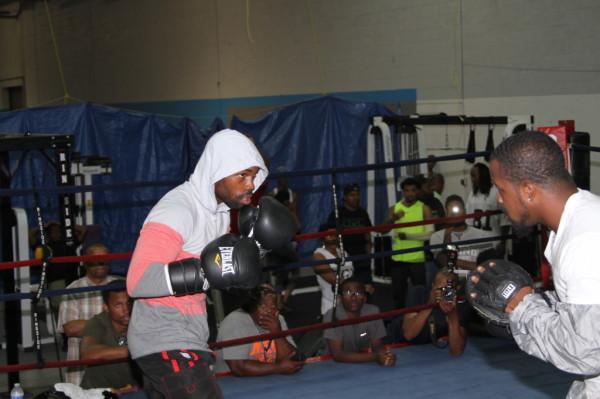 Photo Gallery: Gary Russell Jr. Training