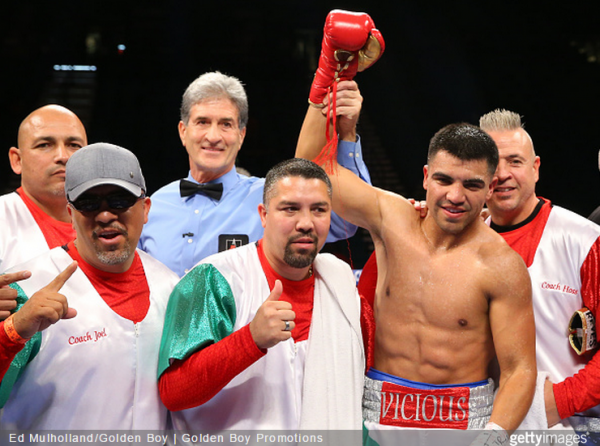 Victor Ortiz Manny Perez - Ed Mulholland Golden Boy Getty Images 2