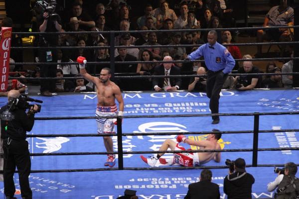 Keith Thurman vs. Robert Guerrero Fight Night - Art Hernandez (19)
