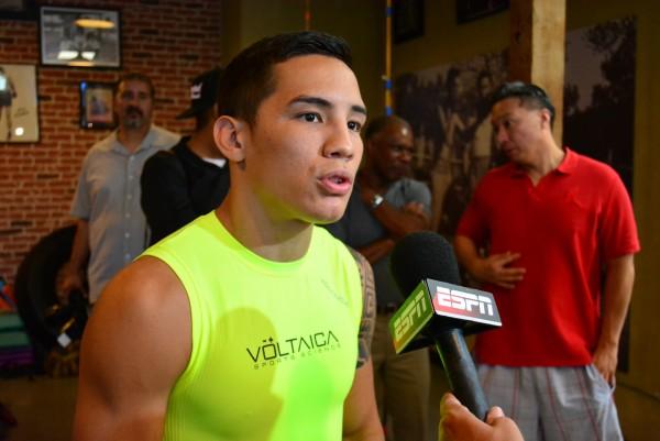 Tim Bradley and Oscar Valdez Media Day Ismael Gallardo RBRBoxing (3)