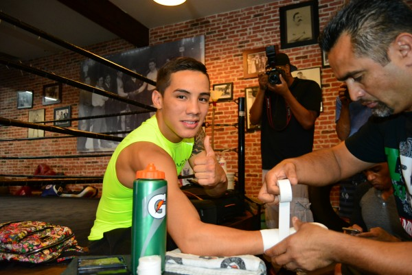 Tim Bradley and Oscar Valdez Media Day Ismael Gallardo RBRBoxing (8)