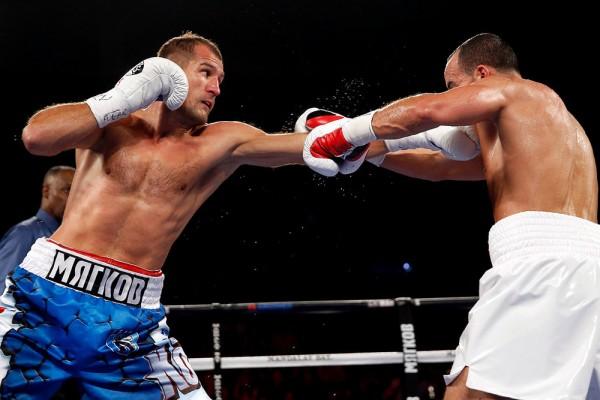 Sergey Kovalev vs. Nadjib Mohammedi - Will Hart4