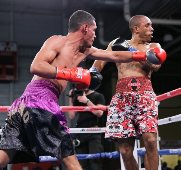 Chris Galeano Dominates Shawn Cameron In Broadway Boxing