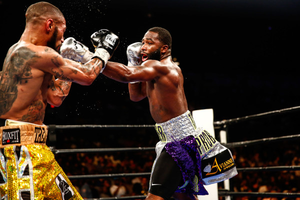 LR_FIGHT NIGHT-BRONER vs THEOPHANE-04012016-8225