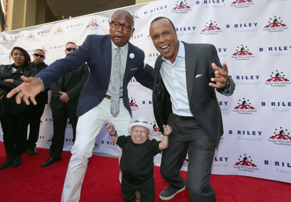 """""""HOLLYWOOD, CA - MAY 25: Tommy Davidson, Verne Troyer and Sugar Ray Leonard attend B. Riley & Co. and Sugar Ray Leonard Foundation's 7th Annual """"Big Fighters, Big Cause"""" Charity Boxing Night at Dolby Theatre on May 25, 2016 in Hollywood, California. (Photo by Mark Davis/Getty Images for Sugar Ray Leonard Foundation )"""""""