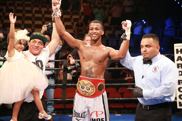 Barthelemy vs. Bey_Fight_Leo Wilson Jr. _ Premier Boxing Champions10