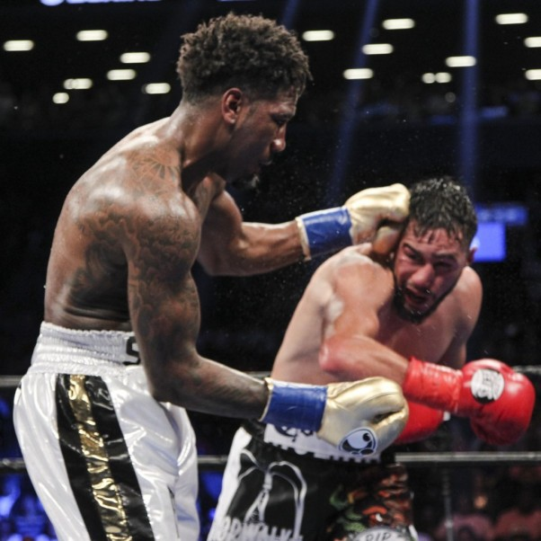 Jarrett Hurd Vs. Oscar Molina Highlights