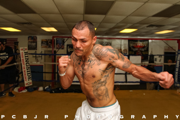 Mike Alvarado Media Day - Jr. Barron RBRBoxing (9)