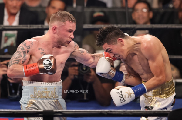 Leo Santa Cruz vs. Carl Frampton 2