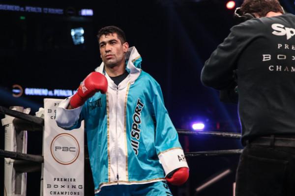 Guerrero vs Peralta_08_27_2016_Fight_Andy Samuelson _ Premier Boxing Champions16