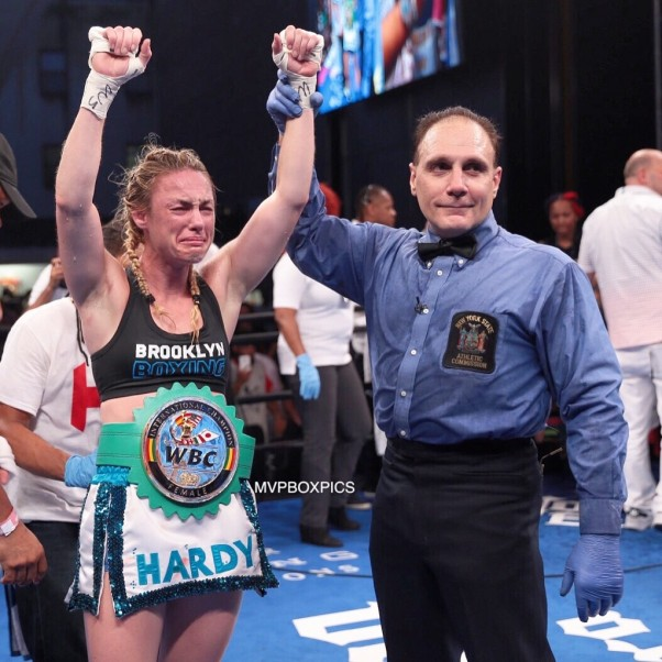 Heather Hardy vs. Shelly Vincent - MVP RBRBoxing (1)