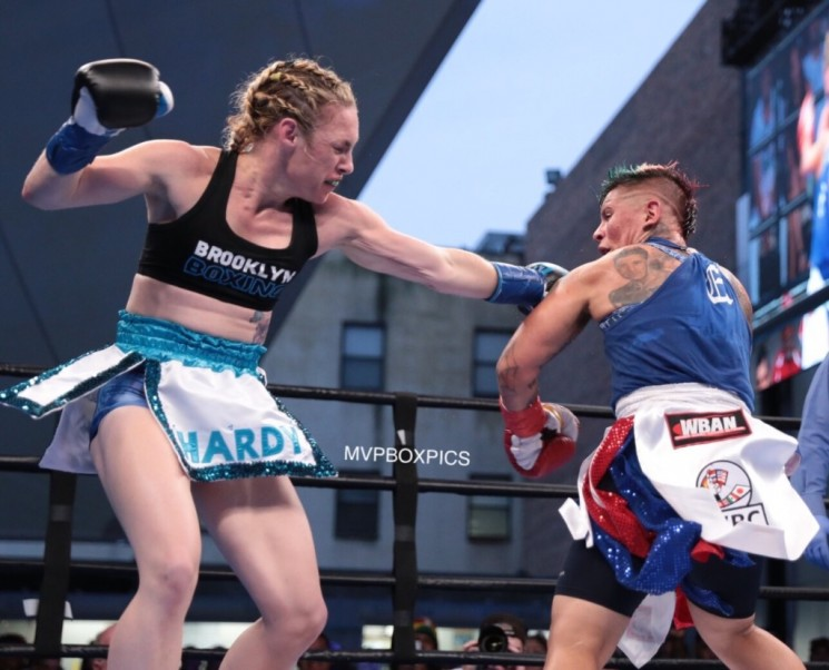 Heather Hardy vs. Shelly Vincent - MVP RBRBoxing (3)