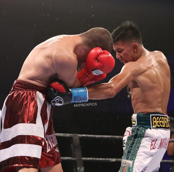 Miguel Flores vs. Ryan Kielczweski Marilyn Paulino RBRBoxing