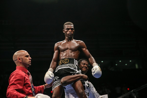 easter-vs-commey_09_09_2016_fight_andy-samuelson-_-premier-boxing-champions9