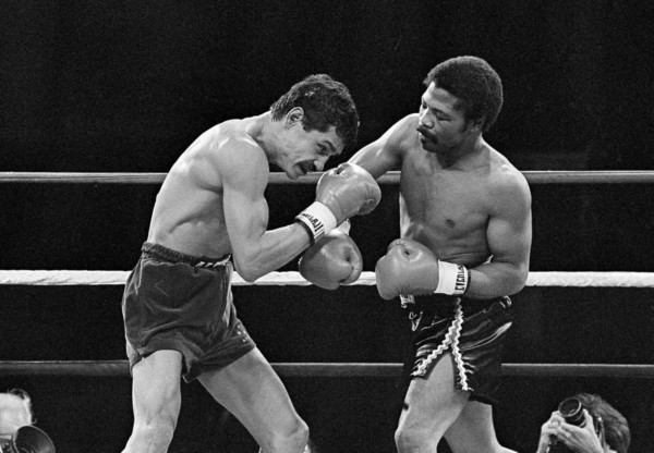 aaron-pryor-alexis-arguello-1982-ap-photo