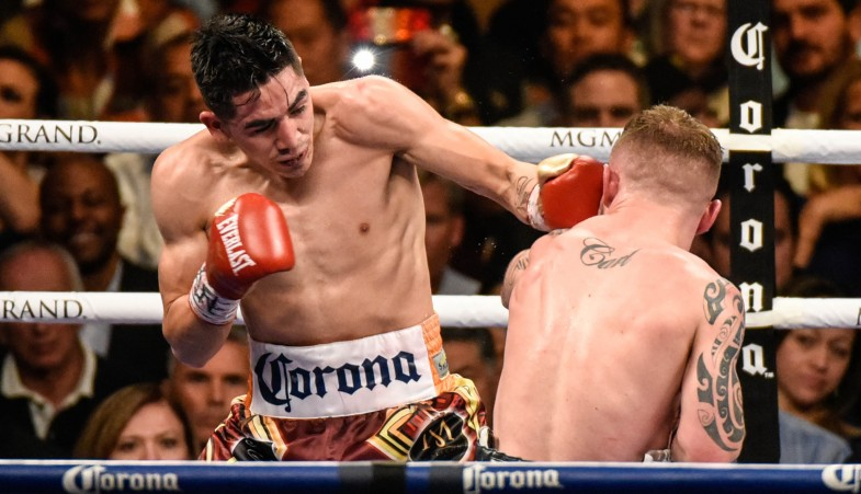 Carl Frampton vs. Leo Santa Cruz 2 - Julio Sanchez RBRBoxing (12)
