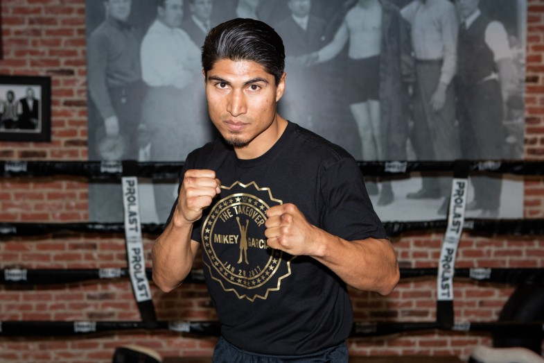 By Jeff Aranow Strength and conditioning coach Alex Ariza says hes hoping that the trainers for Mikey Garcia 390 30 KOs will be able to adequately