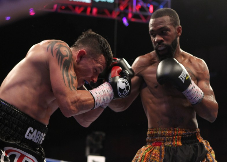 Gary Russell vs. Oscar Escandon - Tom Casino Showtime (11)