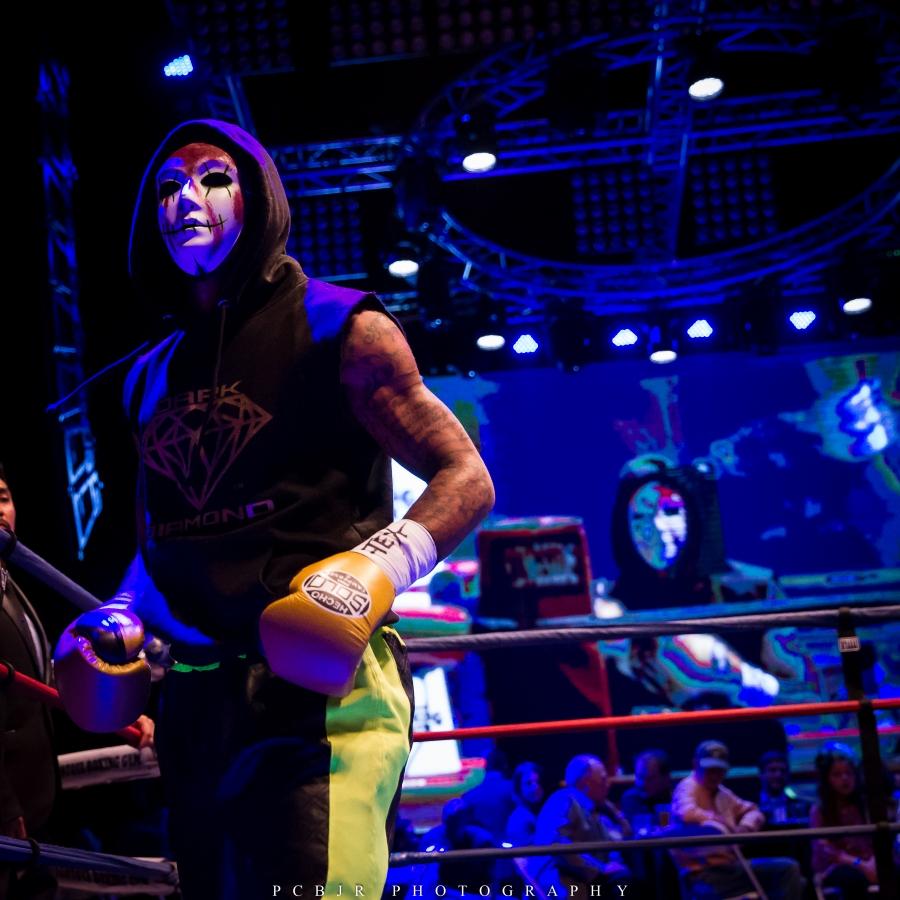 Boxing Gas Monkey Live (100)