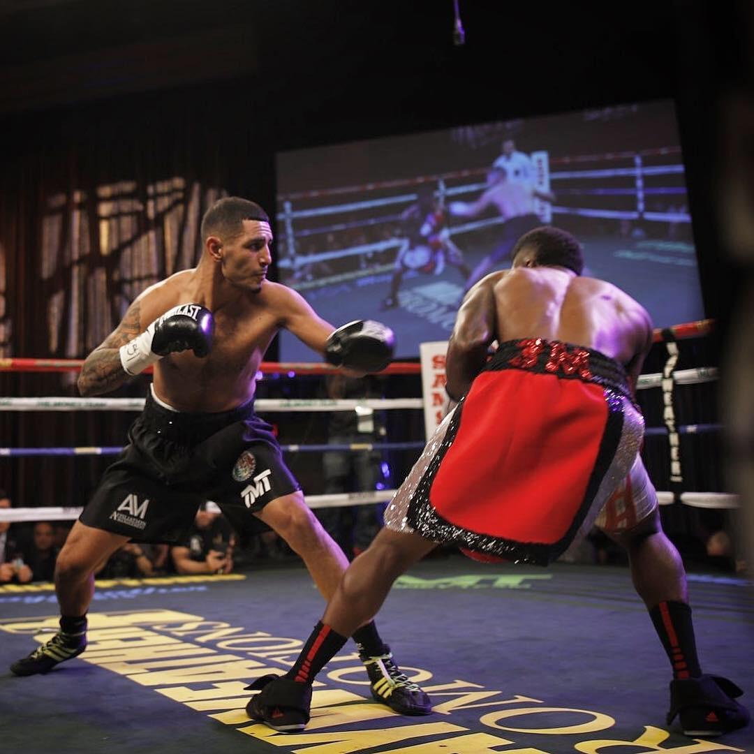 Juan Heraldez Remains Unbeaten, Defeating Maynard Allison