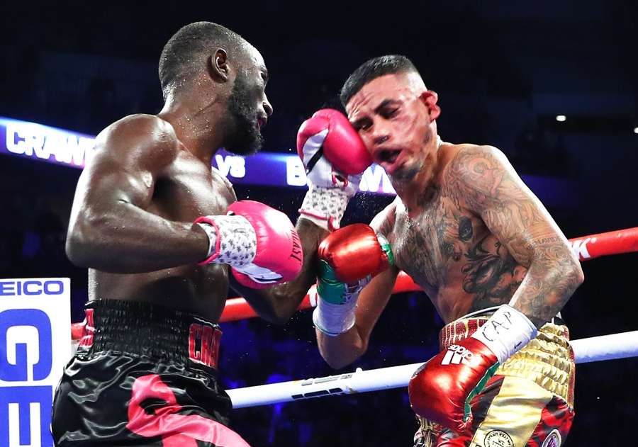Often switching back-and-forth between orthodox and southpaw throughout the duration of a fight, Terence Crawford has a knack for reading his opponents and quickly adapting on the fly.