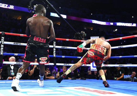 Terence Crawford has picked up back-to-back victories over Jeff Horn and Jose Benavidez Jr.--both by stoppage.