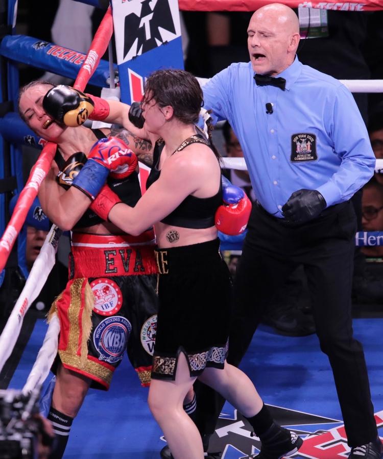 Canelo Alvarez Vs. Rocky Fielding Fight Card Results