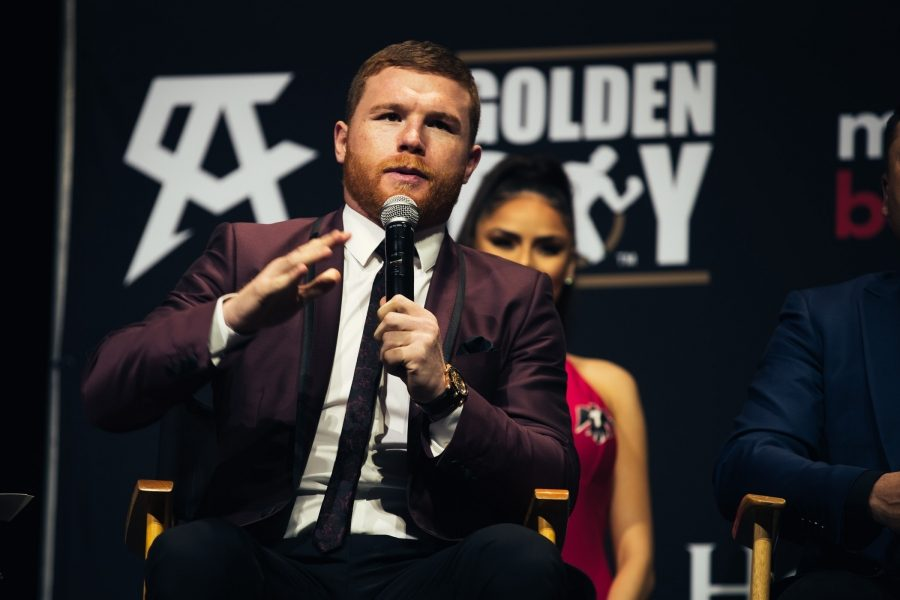 Canelo Alvarez faces Liam Smith for the WBO Jr. Middleweight title live on HBO Pay-Per-View.Canelo Alvarez faces Liam Smith for the WBO Jr. Middleweight title live on HBO Pay-Per-View.