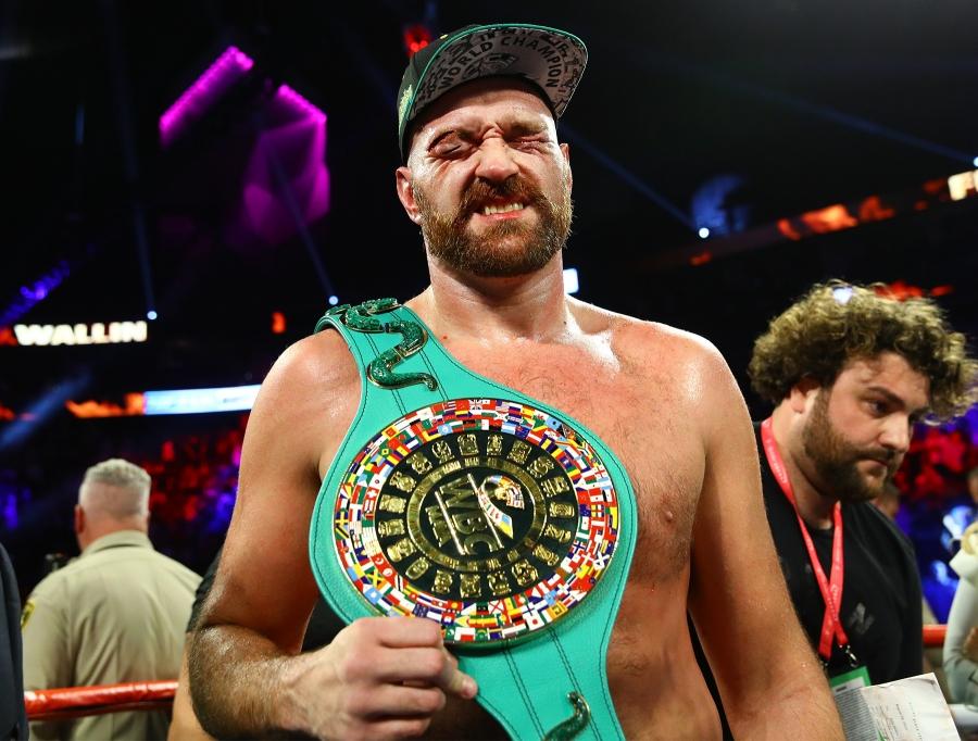 Tyson Fury defeats Otto Wallin
