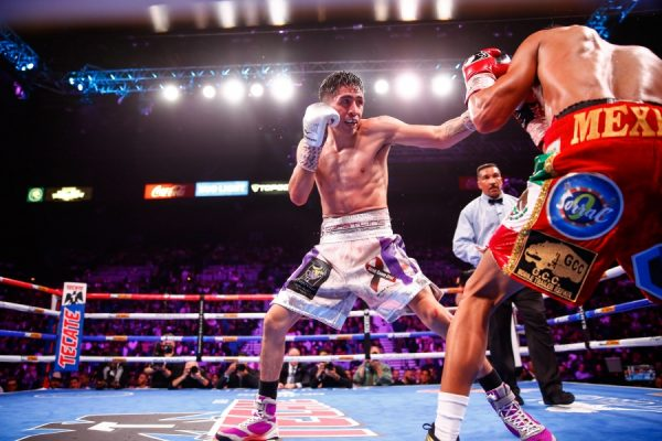 As expected, Leo Santa Cruz (37-1-1, 19 KOs) defeated Miguel Flores (24-3, 12 KOs) via unanimous decision on November 23, 2019 at the MGM Grand Arena, in Las Vegas Nevada.