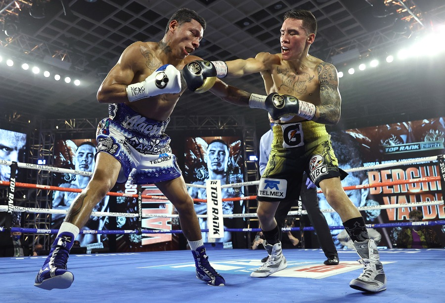 Miguel Berchelt vs. Oscar Valdez